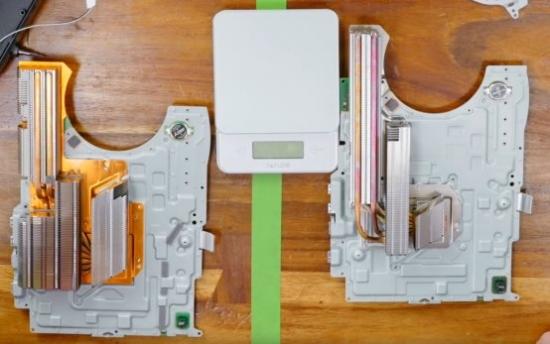 图片包含 桌子, 室内, 木, 游戏机描述已自动生成